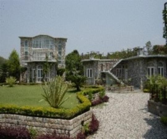 Dhikuli, India: 1
