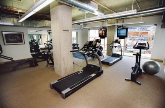 National at Ballpark Lofts: Fitness Center