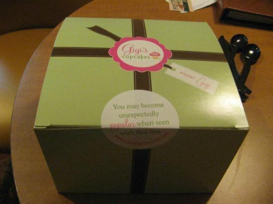Gigi's Cupcakes : Packaged to go