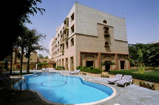 Mansingh Palace, Agra: swimming pool