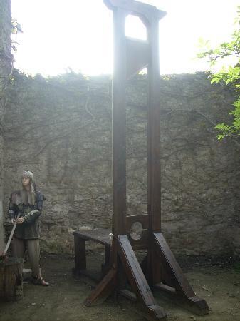Le Musée de la Torture de Carcassone : La guillotina