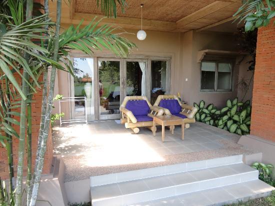 Tegal Sari: balcony area