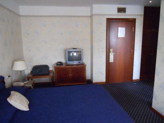 Hotel Zlatnik: View inward from window