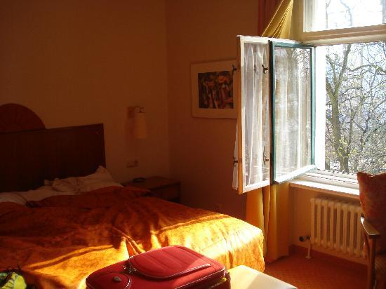 Novum Hotel Kronprinz Berlin: camera da letto