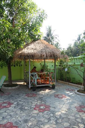 Battambang My Homestay: Gazeebo area