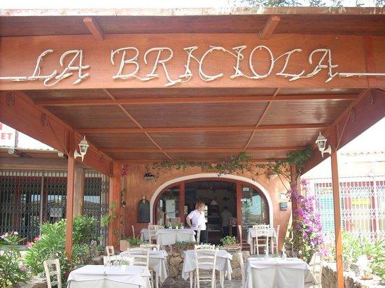 Cala Ginepro, Ιταλία: Trattoria La Briciola