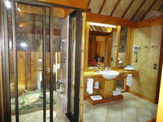 Bathroom Bungalows Garden Picture Of Bora Bora Pearl Beach