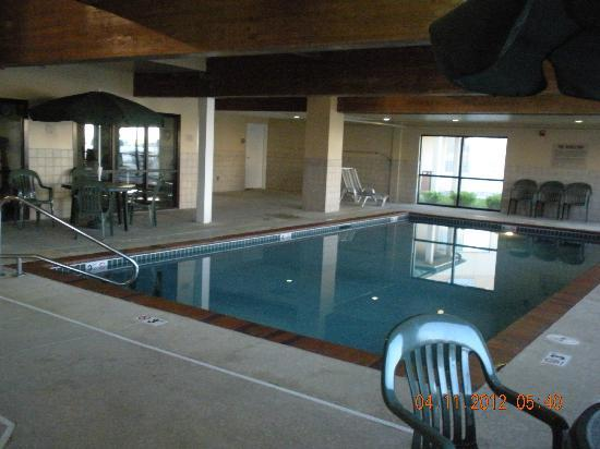 Country Inn & Suites by Radisson, Council Bluffs, IA: the pool was beautiful