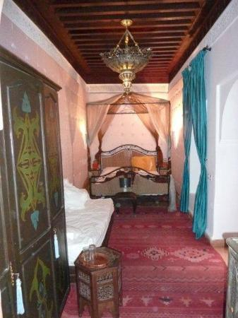 Riad du Petit Prince: 4 poster bed