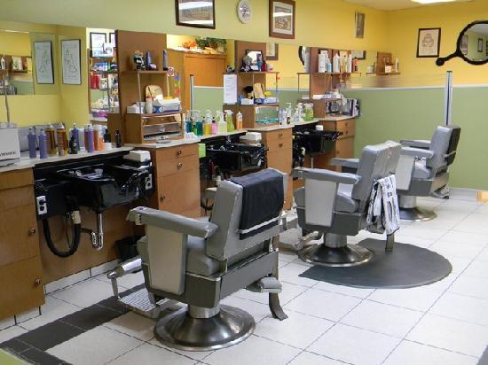 Clarion Hotel: Barber Shop