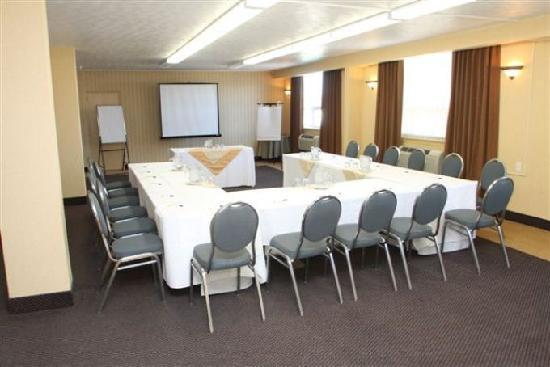 Clarion Hotel: President Boardroom