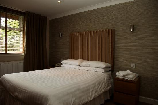 The Abbotsford Hotel : Double Room