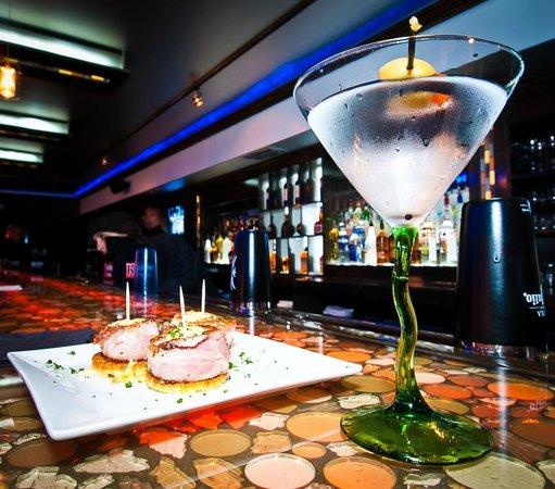 Manhattan Bistro: Bar Picture