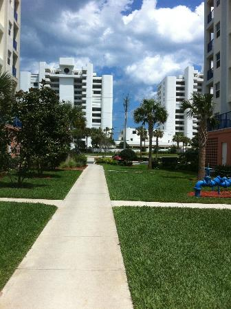 Oceanwalk Condominiums: The walkway to the beach