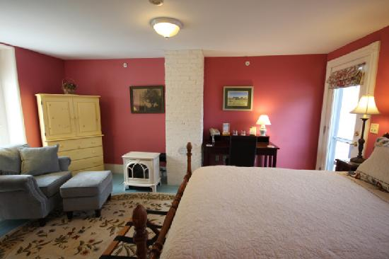 Hallowell, ME: Guest Room 3