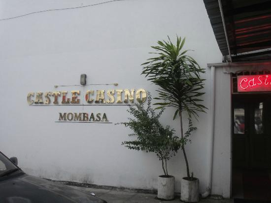 Sentrim Castle Royal Hotel: casino