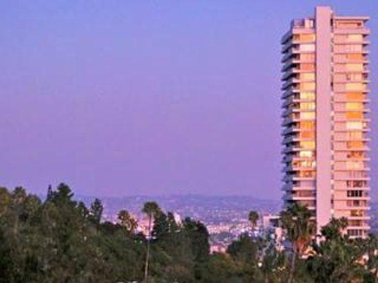 Sierra Towers Photo