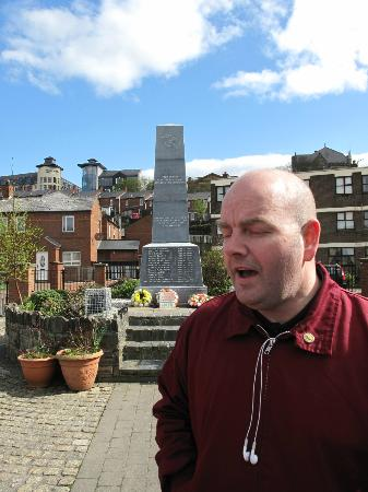 Free Derry Tours: our guide, man on a mission