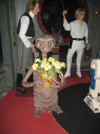 Barcelona Wax Museum: statua di E.T. una delle poche somiglianti...