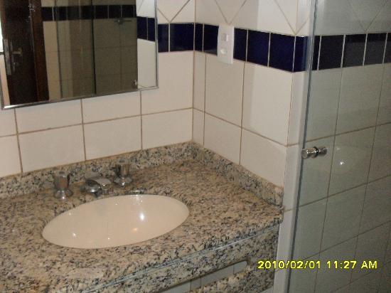 Mamparas Para Baño Santa Fe Capital:baño con mampara: fotografía de Hotel Pires Balneario Camboriu
