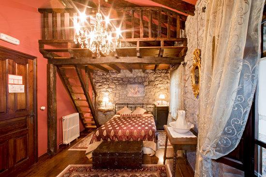Posada De Pedrena: habitación especial