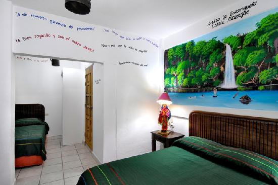Hotel El Gueguense: room dedicated to the city of Esteli