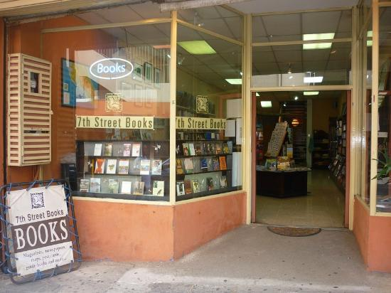 7th Street Books: Best Place to Get Costa Rica Travel Guides & Travel Info!
