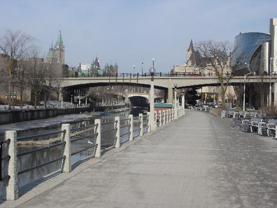 Rideau Canal in the morning