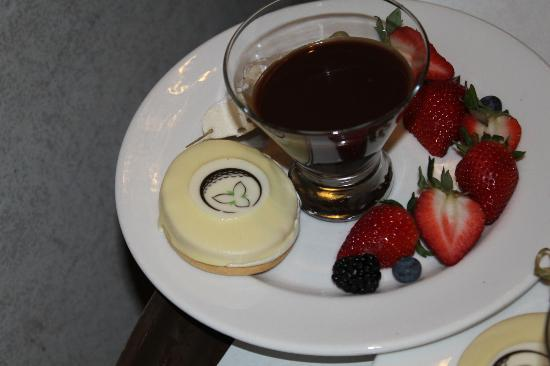 White Oaks Conference Resort & Spa: Personalized Dessert