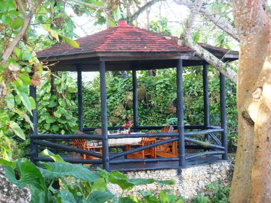 The Palace at Playa Grande : The gazebo, a favorite place to have dinner.