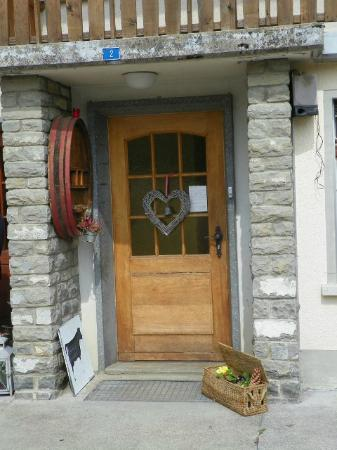 Bed and Breakfast La Pinte de Lys: Welcoming front door