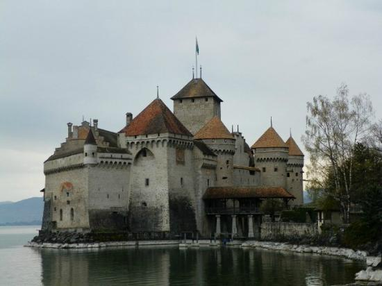 Bed and Breakfast La Pinte de Lys: Chillon Castle - Montreaux