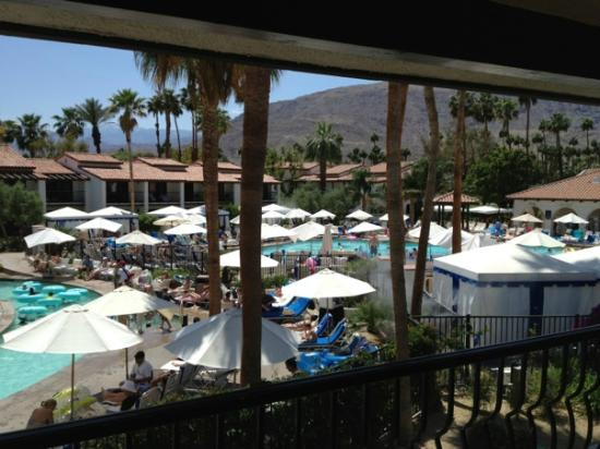 Omni Rancho Las Palmas Resort & Spa: Balcony view from building 1400