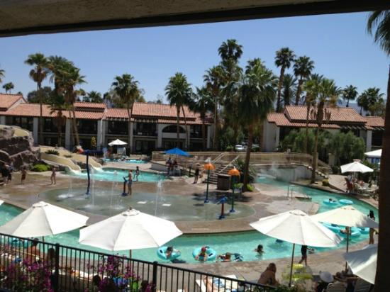 Omni Rancho Las Palmas Resort & Spa: Balcony view of Lazy River