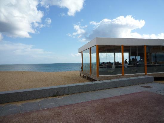 Holiday Inn Algarve - Armacao de Pera: Palotha Bar - Cafe...und der Cafe der schmeckt