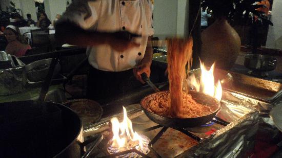 Isla Caribe Beach Hotel : Noche de cena Italiana, MUY BUENA..!!