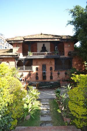 Kantipur Temple House: Terraza frontal... lindísima !!!