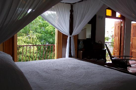 The Villas at Serenity Bay: The most comfortable bed ever