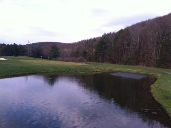 Mill Race Golf Resort: golf course