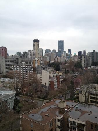 Coast Plaza Hotel & Suites: View from the 18th floor