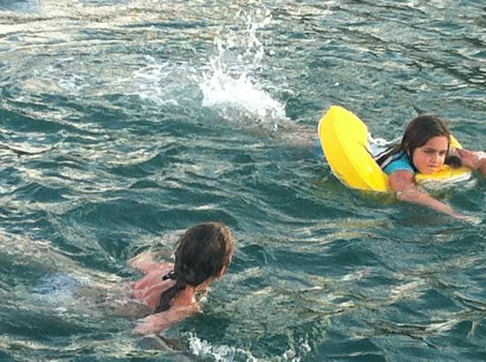 Hurricane Hole Bar : Swimming off the boat
