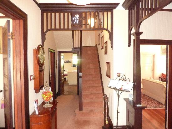 BallyVista and Dalfruin Bed & Breakfast: Dalfruin foyer entry