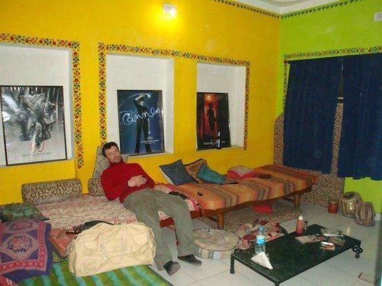 Hotel Hanuman Ghat: Cinema Hall