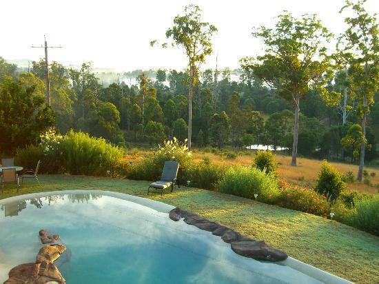 Amamoor Lodge: Views from the deck