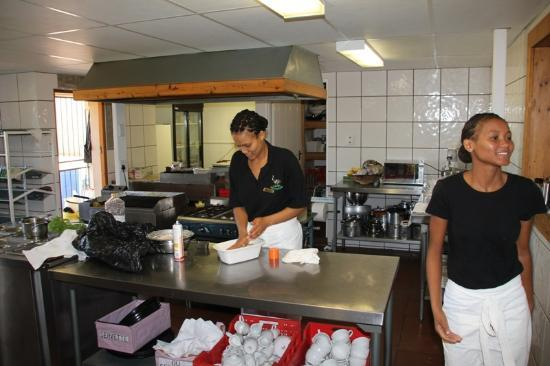 Rietfontein Ostrich Palace: The Kitchen and the friendly staff