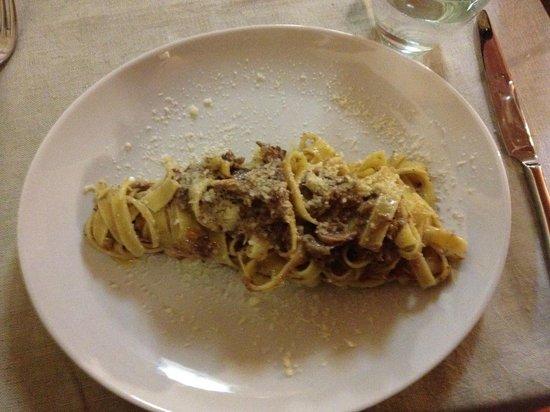 Osteria la Botte Vagliagli: Fresh Pasta with Wild Boar