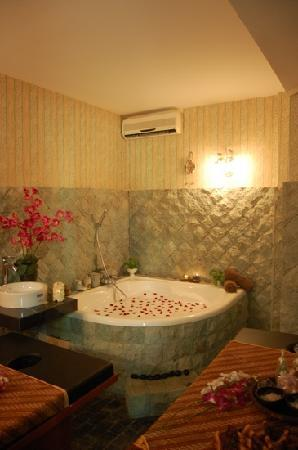 Batam, Indonesia: Couple Spa room