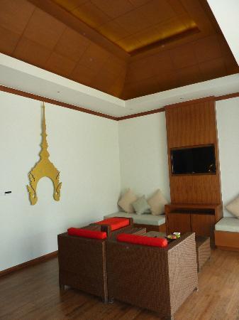 Beyond Resort Khaolak: Seating area.