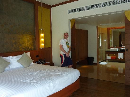 Beyond Resort Khaolak: Room.