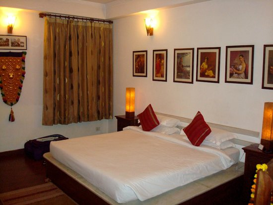 Shanti Home: Luxury room